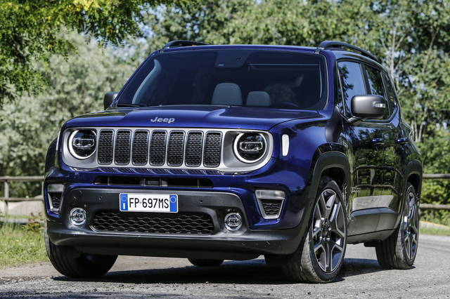 nuova jeep renegade svelate tutte le novit arrivate con il restyling autospecial. Black Bedroom Furniture Sets. Home Design Ideas